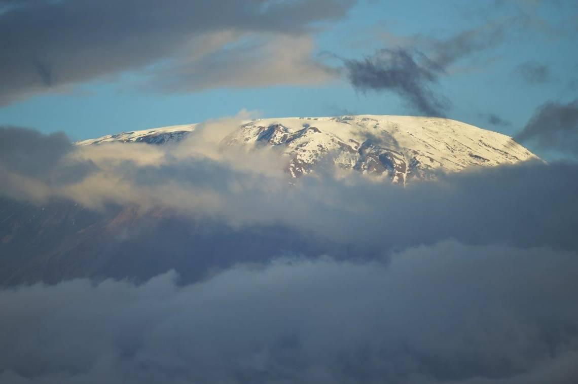 Le sommet du mont Kilimanjaro, en juin 2018.