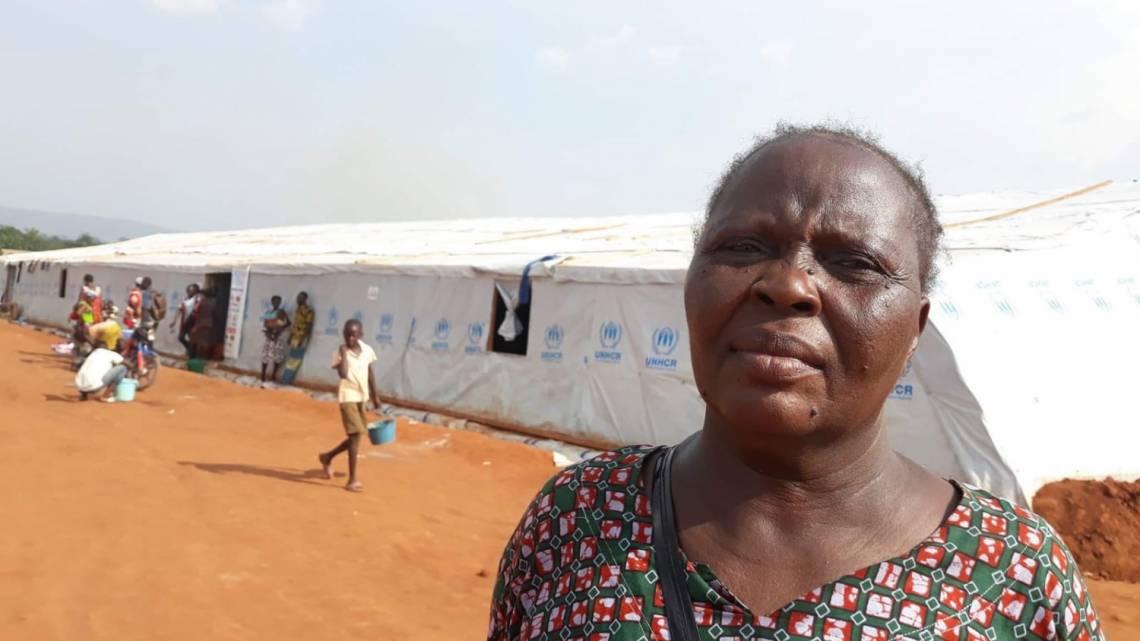 Marie Kagbi, une veuve de 47 ans avec 5 enfants, a été forcée de quitter son quartier à Bangui après l'inondation. Elle témoigne sur les programmes spéciaux produits par Radio Ndeke Luka.