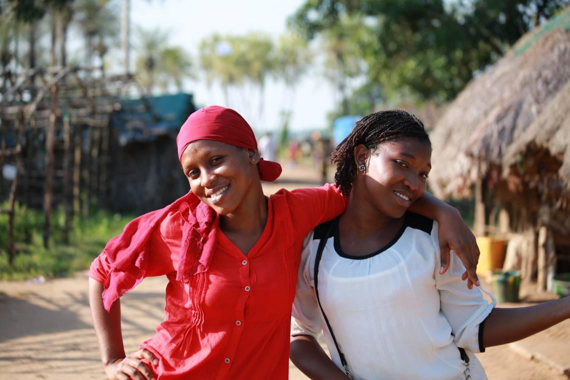 Reportage du Studio Hirondelle Guinée dans le village de Kitikata, où le niveau de la mer ne cesse d'augmenter.