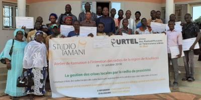 Mali: des radios formées pour prévenir l'escalade de la violence