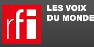 """Jean-Marie Etter, Directeur général de la Fondation Hirondelle, invité sur RFI dans """"La marche du Monde"""" sur le thème """"Journalistes  de la Paix""""."""