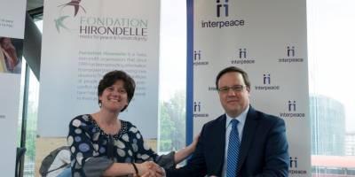 Pour de nouvelles synergies entre journalistes, chercheurs, et bâtisseurs de paix : signature de notre partenariat avec Interpeace