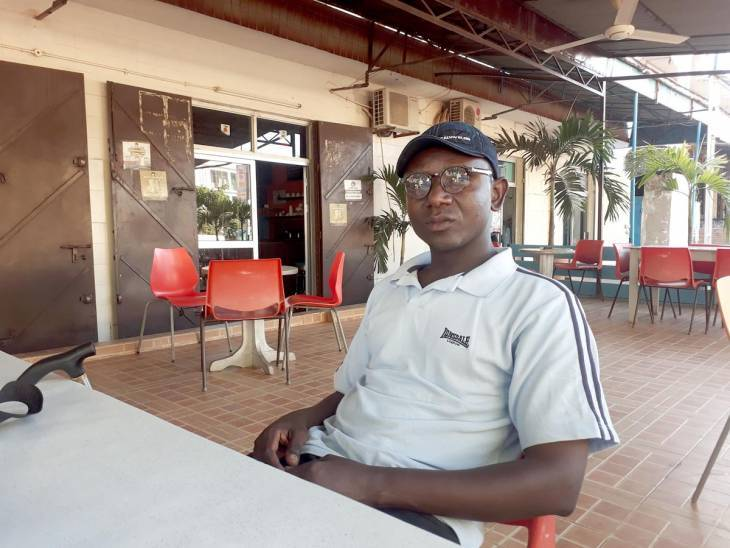 « Les gens qui nous ont tiré dessus sont toujours dans le système », accuse Abdou Karim Jammeh, un des étudiants gravement blessé lors la répression de la manifestation d'avril 2000.